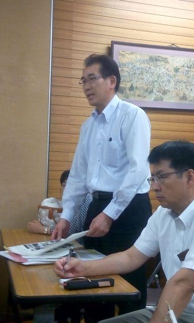 記念誌編集委員長の小林(俊)君。順調に準備をしているとの報告がありました。